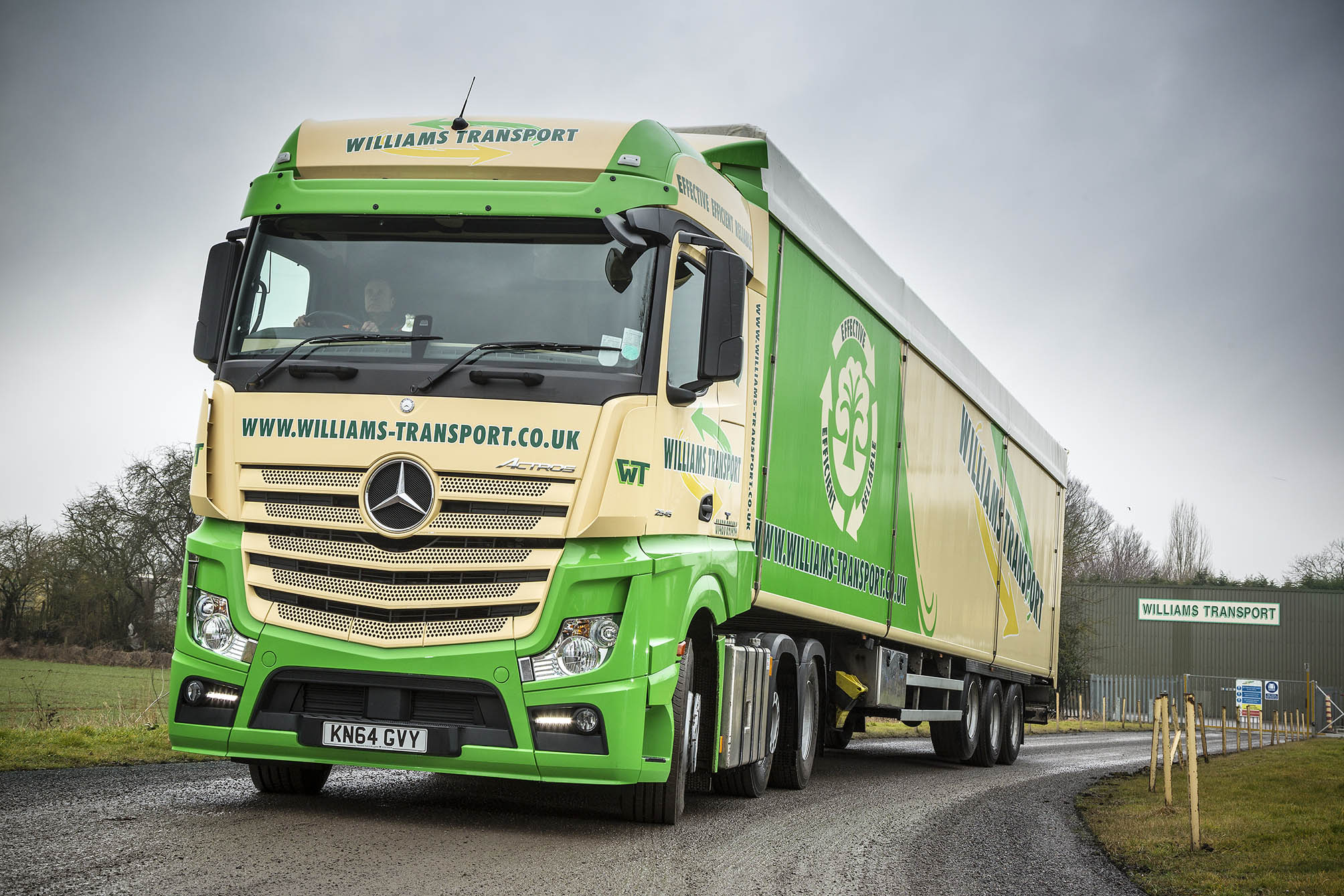 Williams transport reaps the mpg benefit with mercedes for Mercedes benz montgomery road