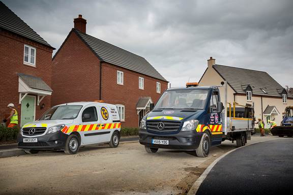 Mercedes benz vans smooth the way for tripod crest for Mercedes benz montgomery road