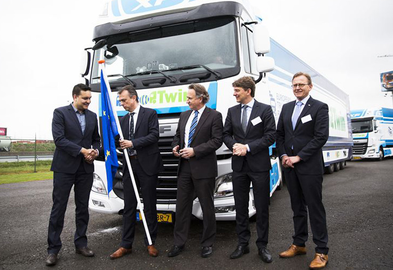 From left to right, Christophe Leurident (Advisor Belgian mobility Minister Galant), Ron Borsboom (Director of Product Development DAF), Maurice Geraets (Director New Business NXP), Leo Kusters (Managing Director Urbanization TNO), Gert Liefting (Managing Director Ricardo Netherlands).